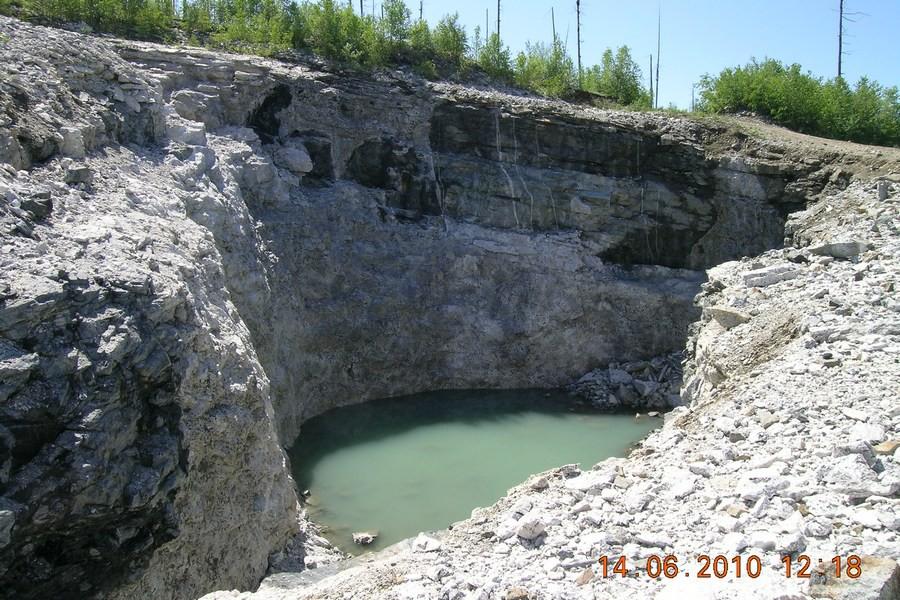 Минералы и месторождения России и ближнего зарубежья: http://webmineral.ru/deposits/photo.php?id=296