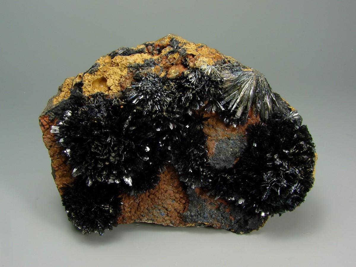 фото кристалла вивианит