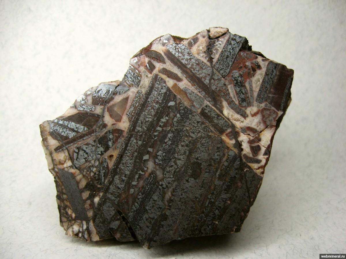 платят фото криворожских минералов создан